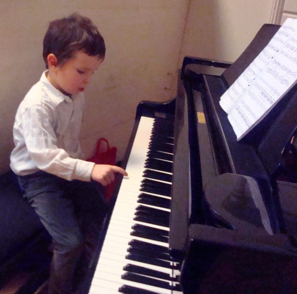 Добро пожаловать в фортепианную студию в Стокгольме